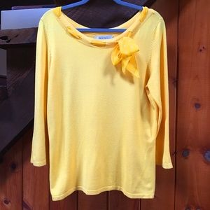 Nine & Company Yellow/Gold Sweater with bow tie